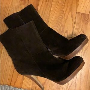 Steve Madden Brown Suede Boots❤️❤️